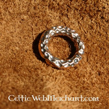 Small Borre style beard bead
