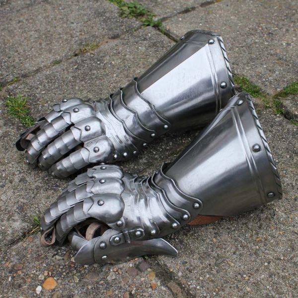 Gothic rękawice rycerskie
