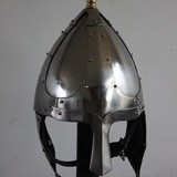 Germanic helmet with cheek flaps