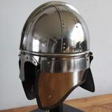 Casque de cavalerie, fin de la période romaine , Concesti