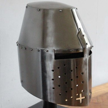 Great helmet (Sir Richard Pembridge)