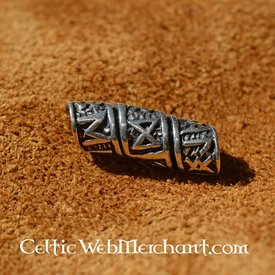 Silver beardbead with runic inscriptions