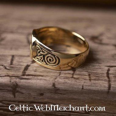 Anello trisquelion celtica