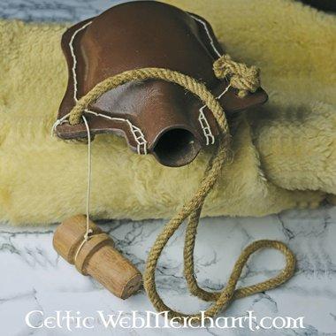 Cantimplora de cuero 1100-1500
