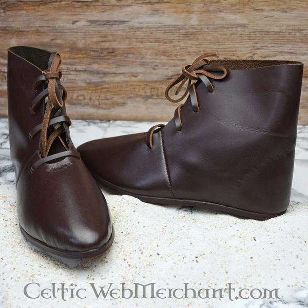 Medieval ankle boots with hobnails