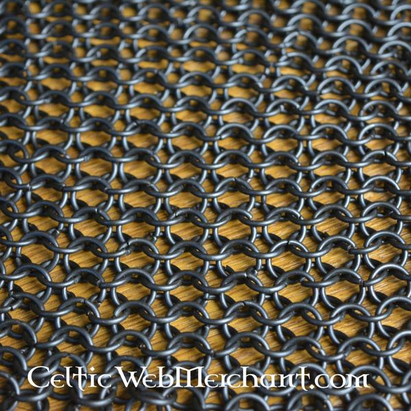 Square piece of chain mail, bronzed, 8 mm