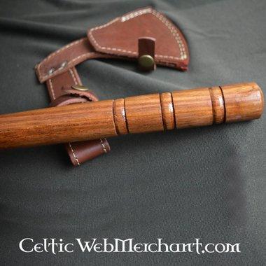 Traditional franciska axe
