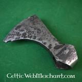 Testa d'ascia barbuta da combattimento, antica