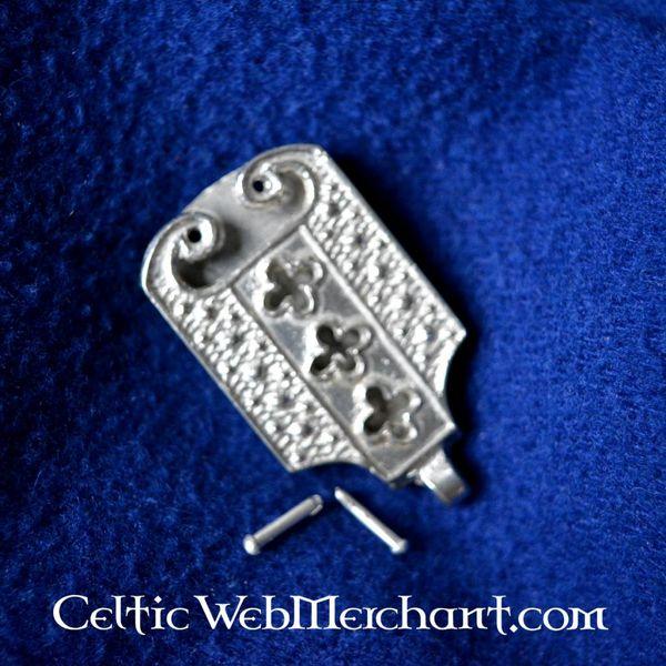15 languette de ceinture de siècle avec des motifs quadrilobés