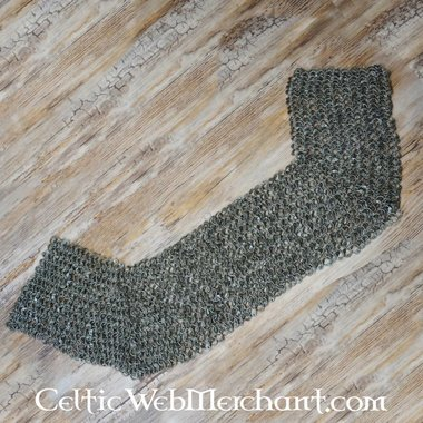 Chain mail shoulder piece, flat rings-round rivets, 8 mm