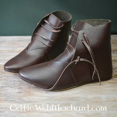 15th century ankle boots
