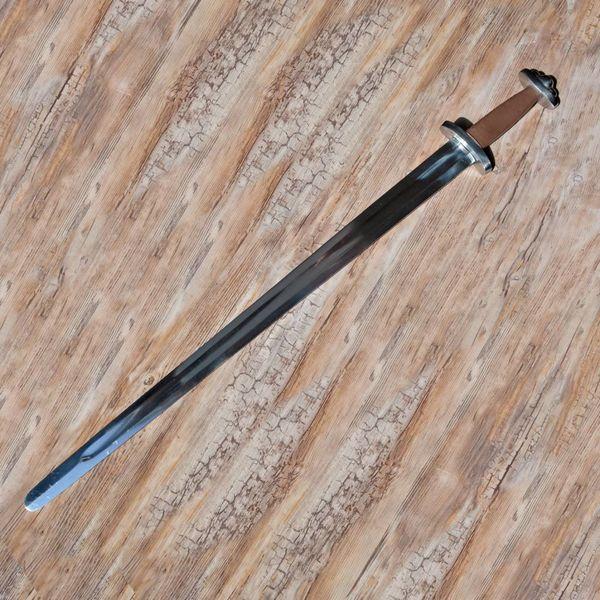Deepeeka Espada de Godfred