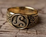 Modern Celtic jewelry