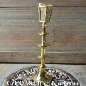 średniowieczny świecznik