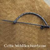 Broche en forma de arco