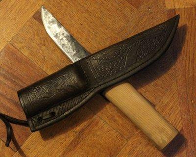 Noże i noże użytkowe na podstawie przykładów historycznych