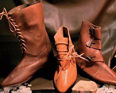 Zapatos del alto medieval