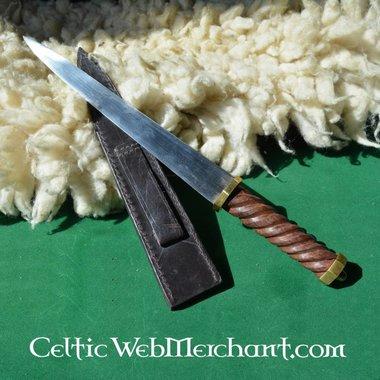 Dirk, long poignard écossais