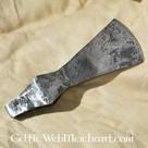 Lame (fer) de hache à marteau, patinée, prête au combat