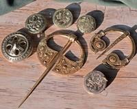 Viking, broches allemands et irlandais