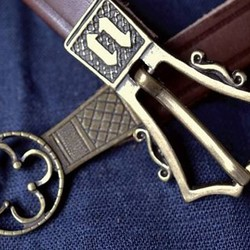 Medieval & early-modern belts