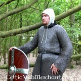 Long chainmail hauberge, butted round rings