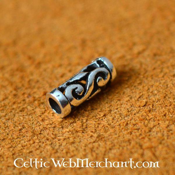 Small Celtic beard bead