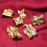 Astragalo romano di bronzo (aliossi)