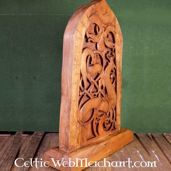 Lapide con rune in legno