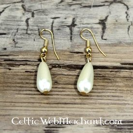 Pearl earrings Anne Boleyn