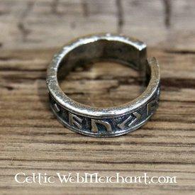 Rune ring, pewter