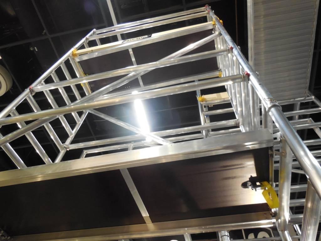 custers corona alu rollger st bis 7 30 m fahrger st erweiterbar geruest. Black Bedroom Furniture Sets. Home Design Ideas