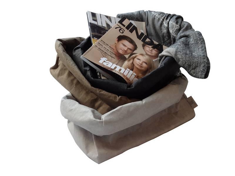 Uashmama Paper Magazine Bag zwart