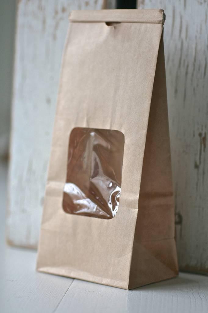 Papieren theezakje met venster 6x8x20cm bruin label123 for Bruine papieren vensterzakjes