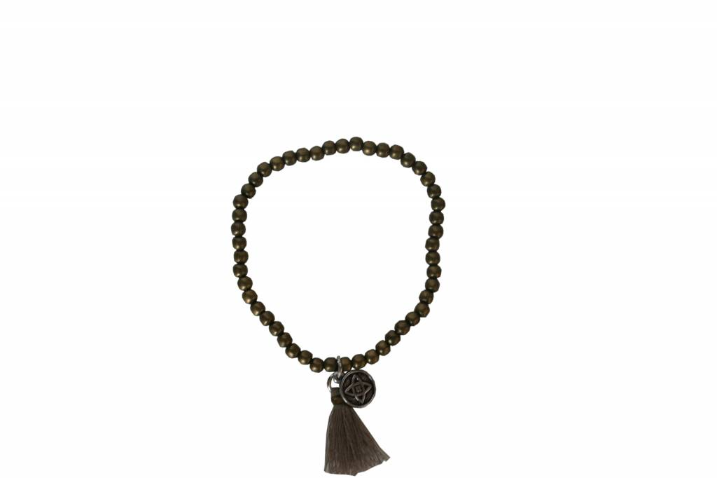 Zusss Kralenarmband brons met bedeltje en kwastje zand 19,5cm