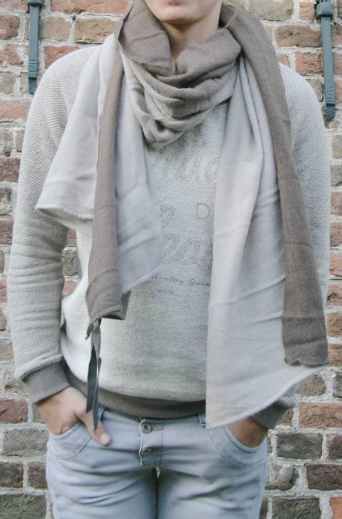 Zusss Sjaal kleurendip75x200cm, taupe/zand