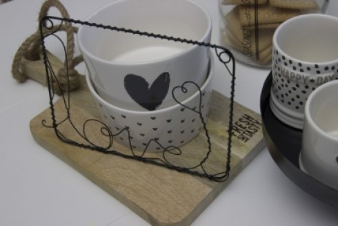Bastion Collections Bowl White/Heart in Black