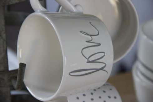 Bastion Collections Mug White/Love in Grey