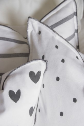 Bastion Collections Cushion Love you Darkgrey Stripe/Little hearts black