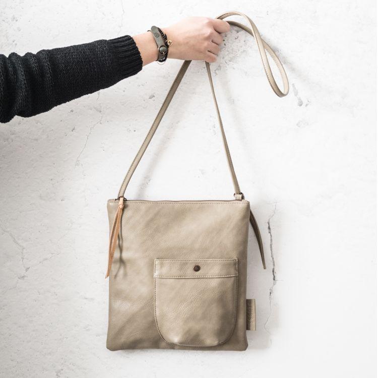 Zusss Eenvoudige tas M 28x30cm, krijt