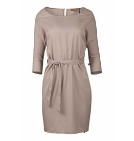 Zusss sjiek jurkje met centuur poederroze S/M