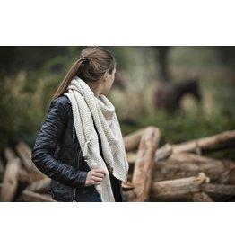 Knit Factory Omslagdoek / sjaal Coco beige