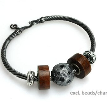 OHM Beads Dirty Twist Bangle
