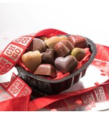 MIX HEART CHOCOLATES IN LOVE BAKETIN