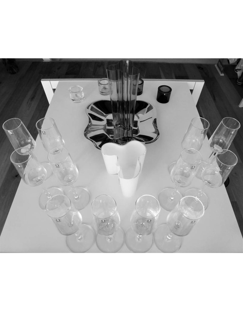 Iittala Essence sparkling wine glass 4 for 3!