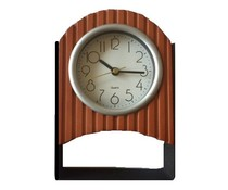 Tafelklok (hout op metalen standaard)