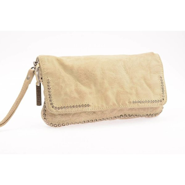 CAPPUCCINO CREAM CLUTCH