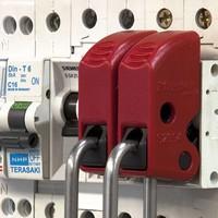 Brady Nylon safety padlock purple 813640