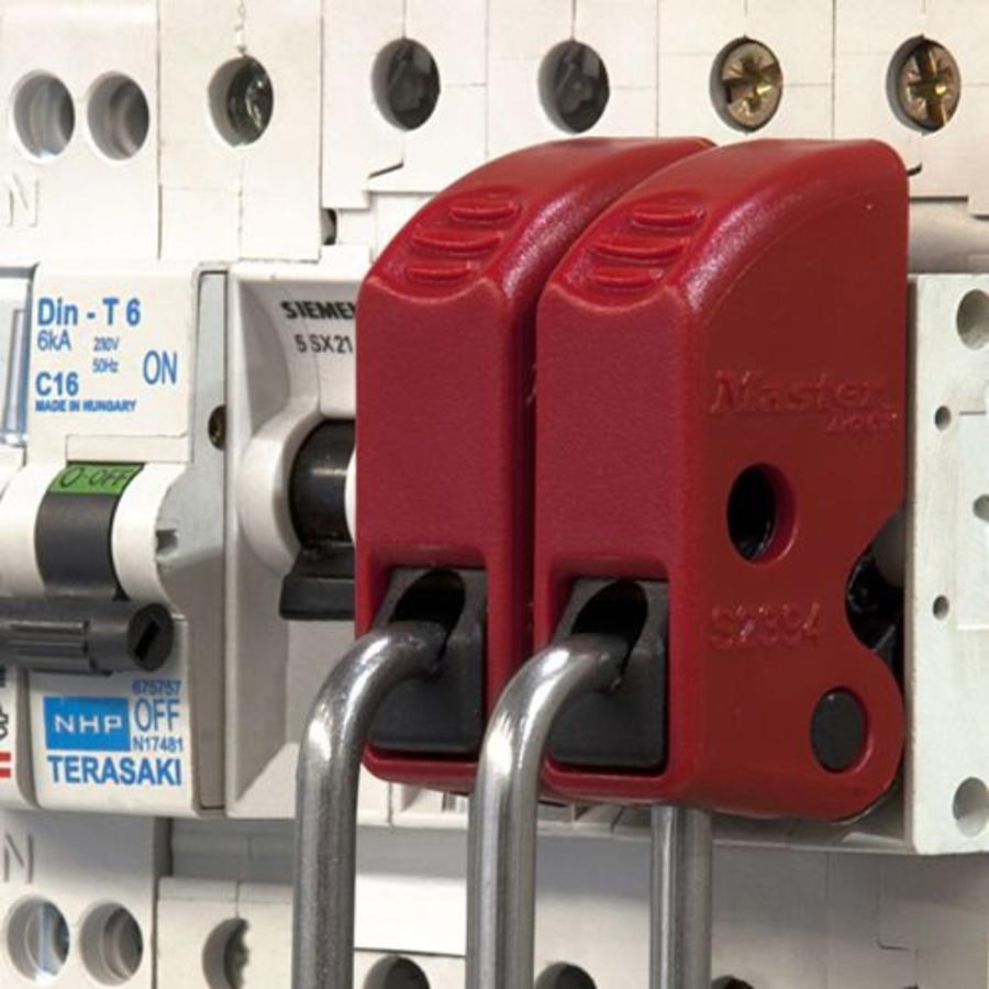 Masterlock Universal Circuit Breaker Lock Out S2394
