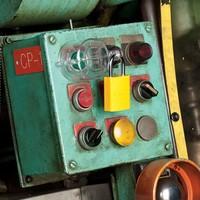 Verriegelung für Drucktaster S2151